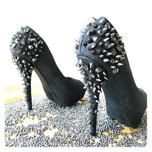 "Cruel Shoes! Posh 7"" Black Spikey Heels Sz 6 1/2"